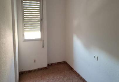 Flat in calle Gines Llorca, nº 6